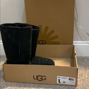 Ugg classic tall black boots size 9